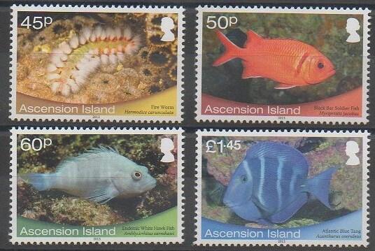 Timbres émis par les îles de l'Ascension en 2013 représentant des poissons