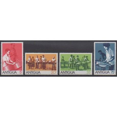 Antigua - 1974 - No 332/335 - Musique