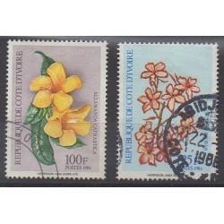 Côte d'Ivoire - 1984 - No 701E/701F - Fleurs - Oblitérés