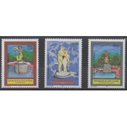 Côte d'Ivoire - 2000 - No 1070/1072 - Monuments