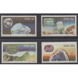 South-West Africa - 1979 - Nb 419/422 - Minerals - Gems