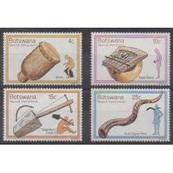 Botswana - 1976 - No 299/302 - Musique