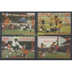 Timbres - Thème coupe du monde de football - Antigua et Barbuda - 1982 - No 649/652