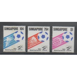 Singapore - 1982 - Nb 392/394 - Soccer World Cup