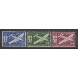 Afrique Occidentale Française - 1945 - No PA1/PA3