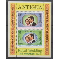 Barbuda - 1974 - No BF5 - Royauté