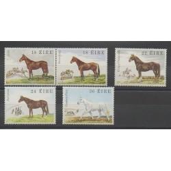 Irlande - 1981 - No 453/457 - Chevaux