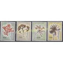 Timbres - Thème flore - Féroé (Iles) - 1996 - No 288/291
