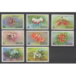 Grenadines - 1975 - No 37/44 - Fleurs