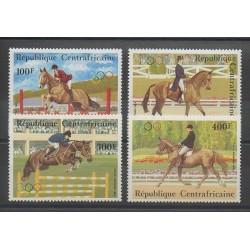 Centrafricaine (République) - 1983 - No PA276/PA279 - Chevaux - Jeux olympiques d'été