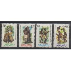 Vanuatu - 1985 - Nb 705/708 - Costumes