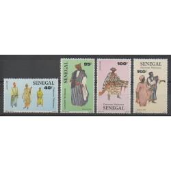 Senegal - 1985 - Nb 652/655 - Costumes