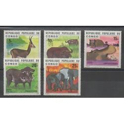 Congo (République du) - 1976 - No 417/421 - Mammifères
