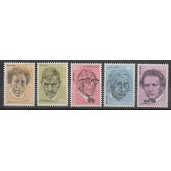Swiss - 1972 - Nb 909/913 - Celebrities