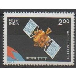 Inde - 1982 - No 723 - Espace