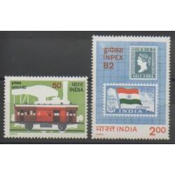 Inde - 1982 - No 747/748 - Timbres sur timbres - Drapeaux - Chemins de fer