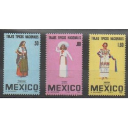 Mexico - 1981 - Nb 927/929 - Costumes