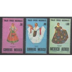 Mexique - 1980 - No 889/890 - PA529 - Costumes Uniformes