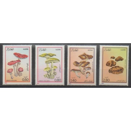 Algérie - 1983 - No 787/790 - Champignons