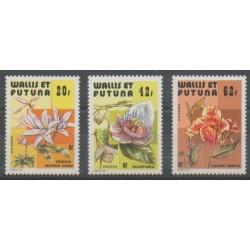 Wallis et Futuna - 1979 - No 238/240 - Fleurs