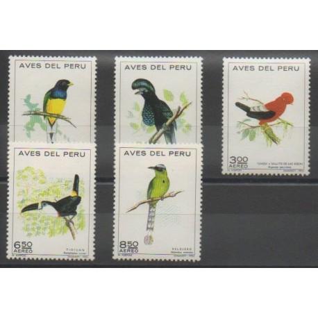 Pérou - 1972 - No PA315/PA319 - Oiseaux
