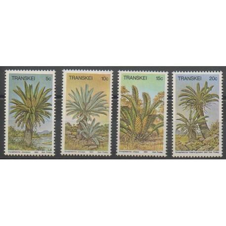 Afrique du Sud - Transkei - 1980 - No 71/74 - Arbres