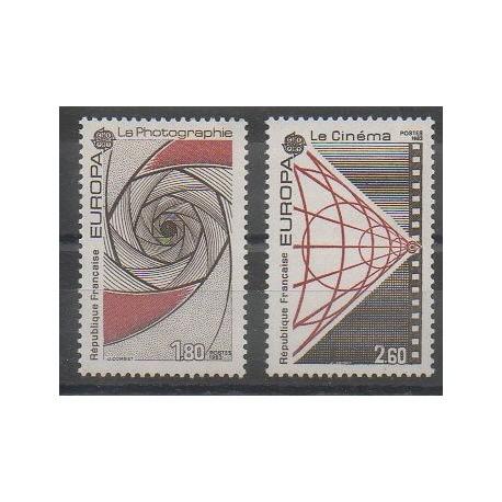 France - Poste - 1983 - No 2270/2271 - Cinéma - Sciences et Techniques - Europa