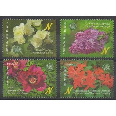 Biélorussie - 2015 - No 897/900 - Fleurs
