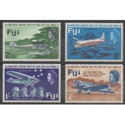 Fidji - 1968 - No 215/218 - Aviation - Neuf avec charnière