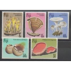 Fidji - 1984 - No 493/497 - Champignons