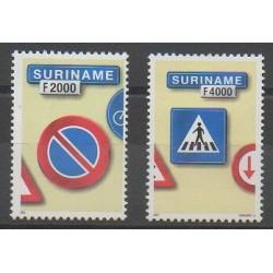 Surinam - 2001 - No 1592 et 1600