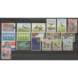 Pays-Bas - Année complète - 1984 - No 1215/1232