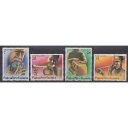 Papouasie-Nouvelle-Guinée - 1978 - No 359/362 - Musique