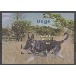Antigua - 2005 - No BF600 - Chiens