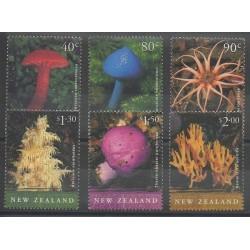 Nouvelle-Zélande - 2002 - No 1901/1906 - Champignons