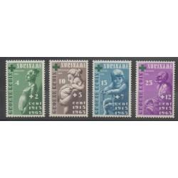 Surinam - 1965 - No 405/408 - Enfance