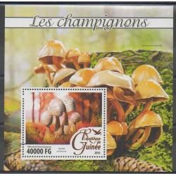 Guinée - 2016 - No BF1928 - Champignons
