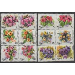 Niue - 1981 - No 316/327 - Fleurs