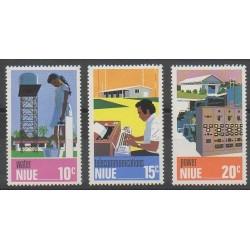Niue - 1976 - No 175/177 - Télécommunications