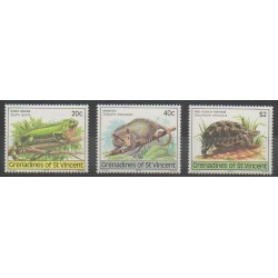 Saint-Vincent (Iles Grenadines) - 1979 - No 159/161 - Reptiles
