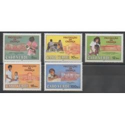 Cap-Vert - 1987 - No 502/506 - Santé ou Croix-Rouge - Enfance