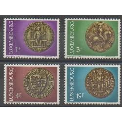 Luxembourg - 1974 - No 828/831 - Monnaies, billets ou médailles