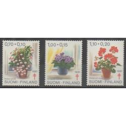 Finlande - 1981 - No 849/851 - Fleurs - Santé ou Croix-Rouge