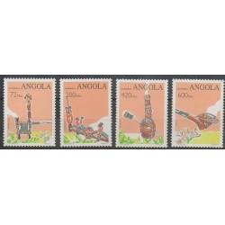 Angola - 1993 - No 903/906 - Artisanat ou métiers