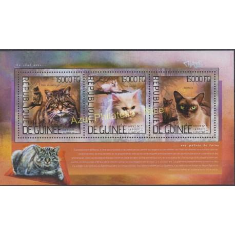 Guinée - 2014 - No 7166/7168 - Chats