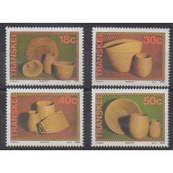 Afrique du Sud - Transkei - 1989 - No 234/237 - Artisanat ou métiers