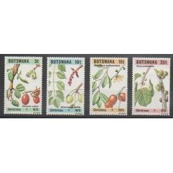 Botswana - 1979 - No 391/394 - Fruits ou légumes - Noël