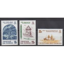 Tristan da Cunha - 1985 - Nb 366/368 - Boats - Churches
