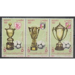 Égypte - 1987 - No 1333/1335 - Football