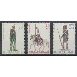 Belgique - 1983 - No 2108/2110 - Costumes - Uniformes - Mode